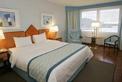Hilton Helsinki Strand Bedroom