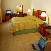 Radisson Blu Plaza Hotel twin room
