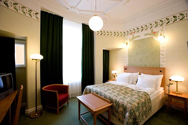 Sokos Hotel Torni twin room