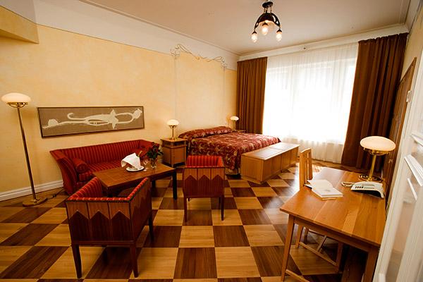 Sokos Hotel Torni reception